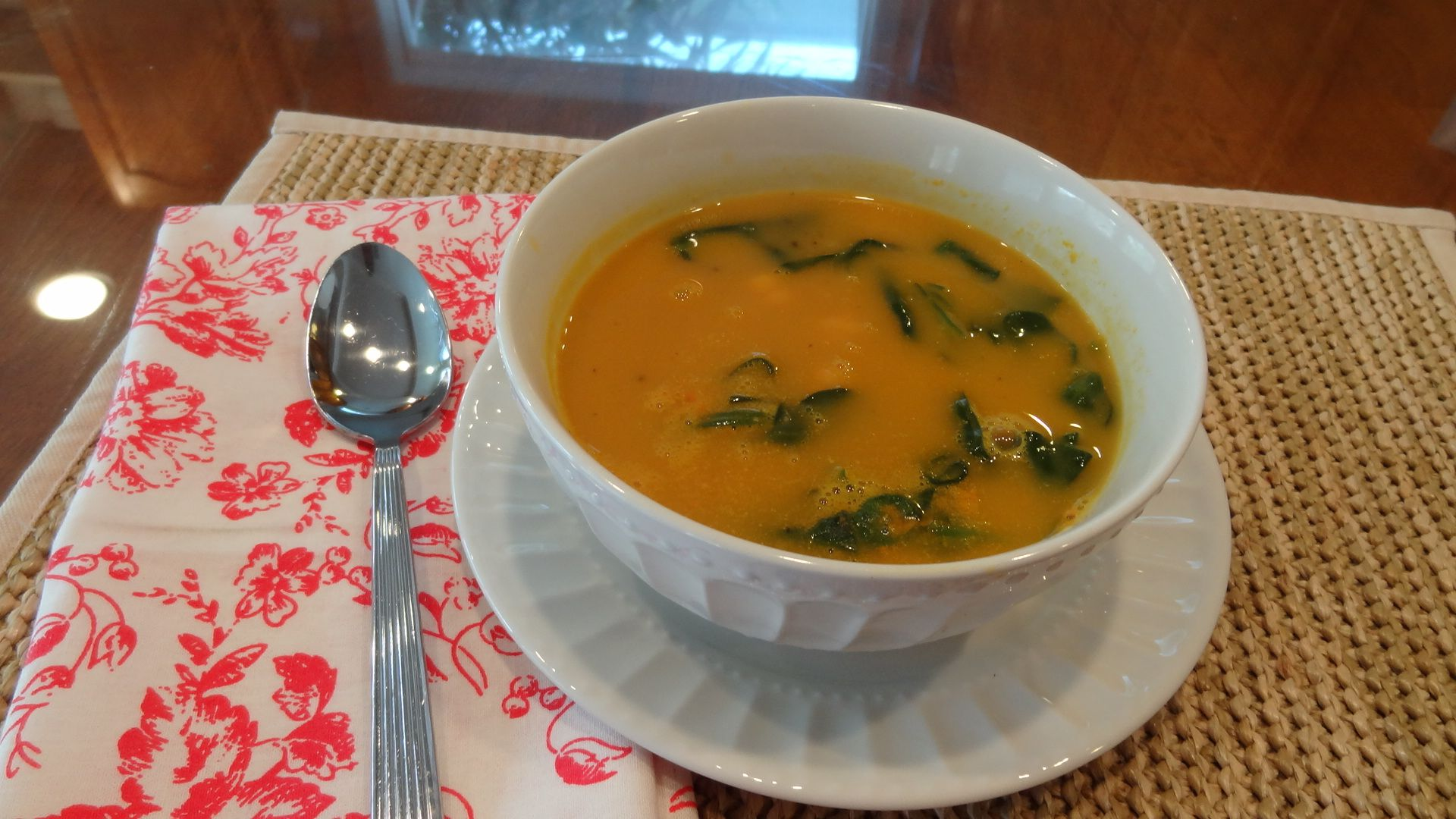 butternut squash soupe with garbanzo beand and spinach